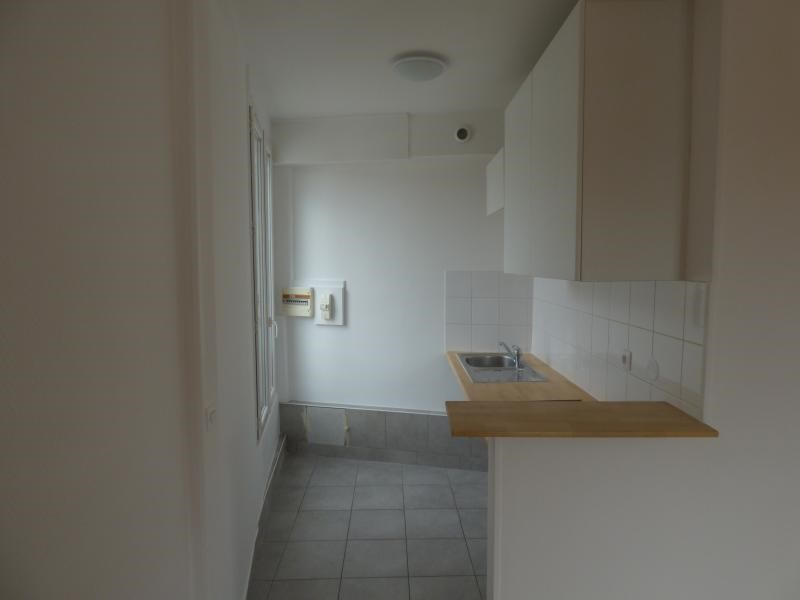 Sale apartment Colombes 215 000€ - Picture 3