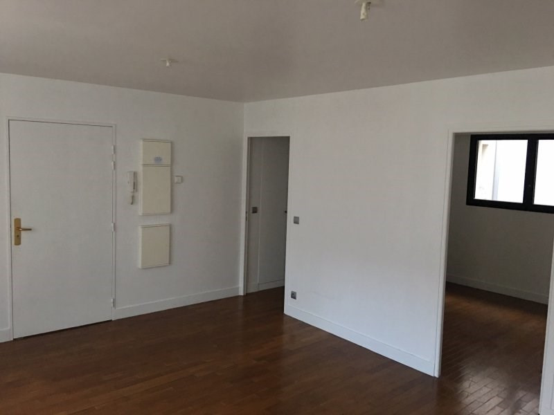 Rental apartment Colombes 980€ CC - Picture 1