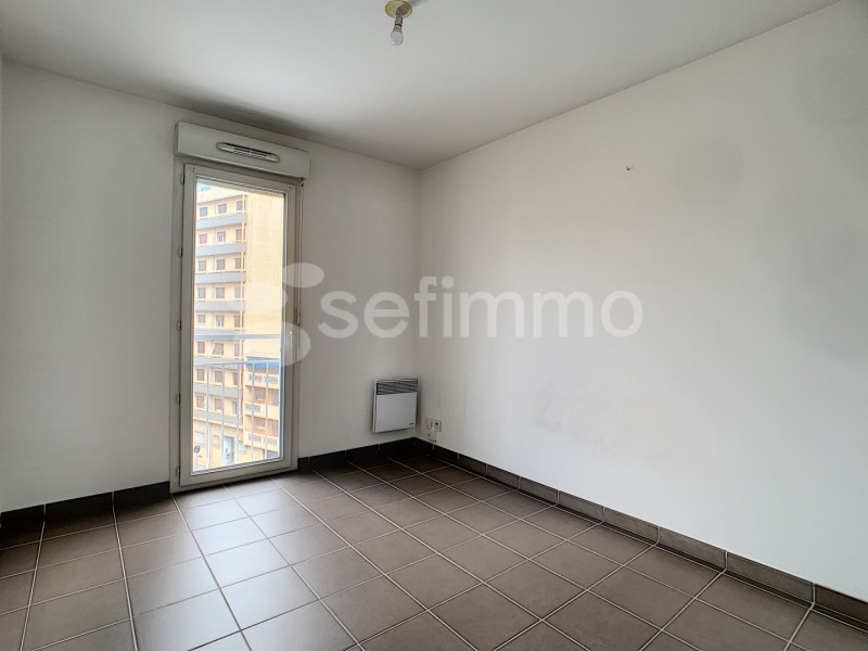 Location appartement Marseille 5ème 697€ CC - Photo 4