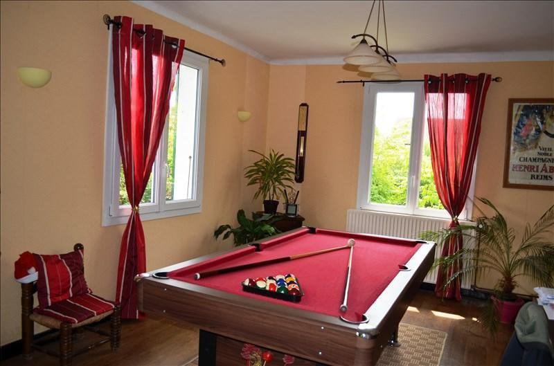 Sale house / villa Beaurepaire 185000€ - Picture 3