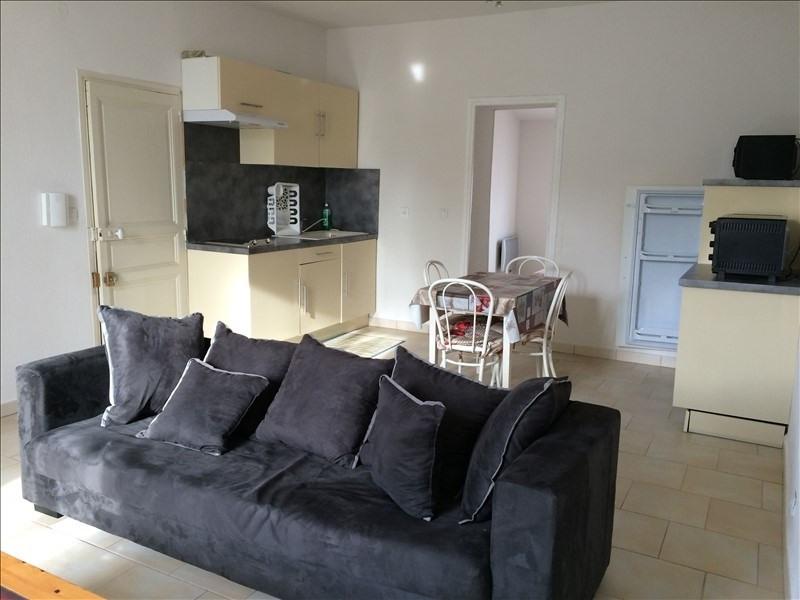 Rental apartment Salon de provence 655€ CC - Picture 2