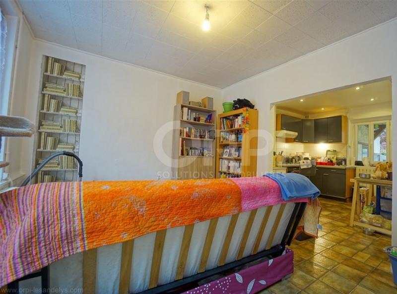 Sale house / villa Les andelys 118000€ - Picture 2