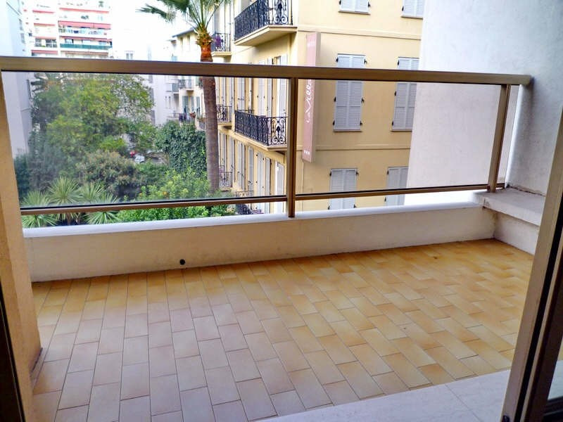 Location appartement Nice 1 712€ CC - Photo 3