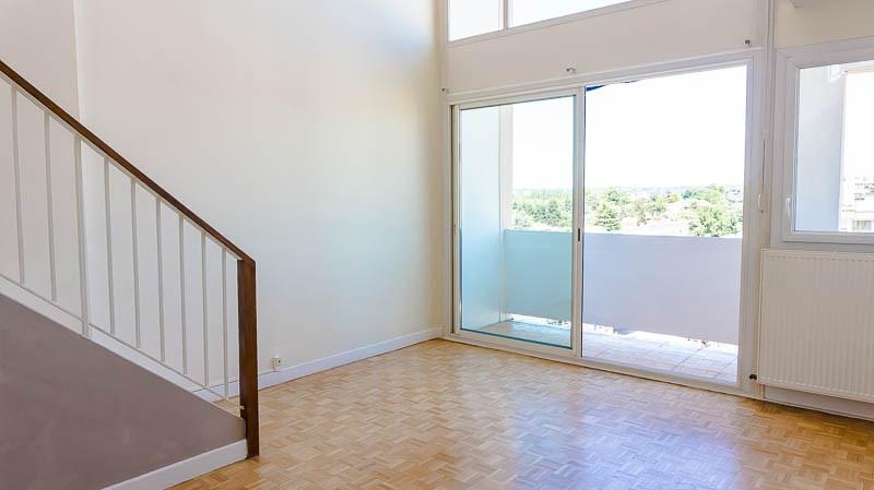 Pau-T4 bis duplex dernier étage, parking + balcons