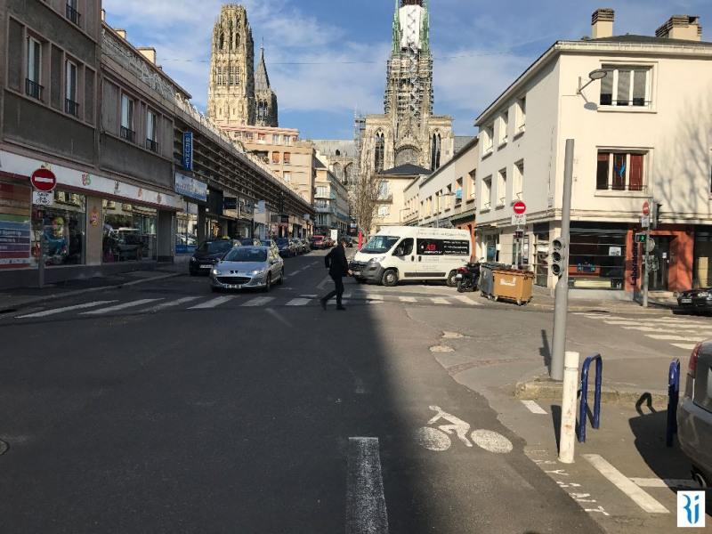 Location local commercial Rouen 844€ CC - Photo 4