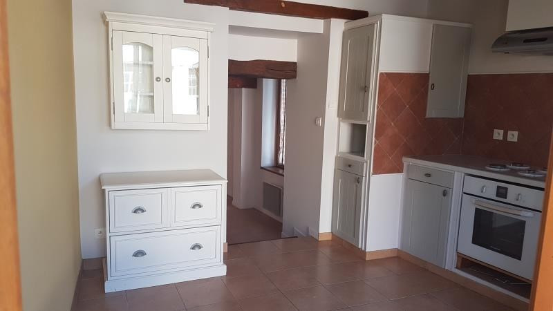 Location maison / villa Blancafort 600€ CC - Photo 2