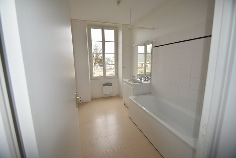 Location appartement Isigny sur mer 523€ CC - Photo 6