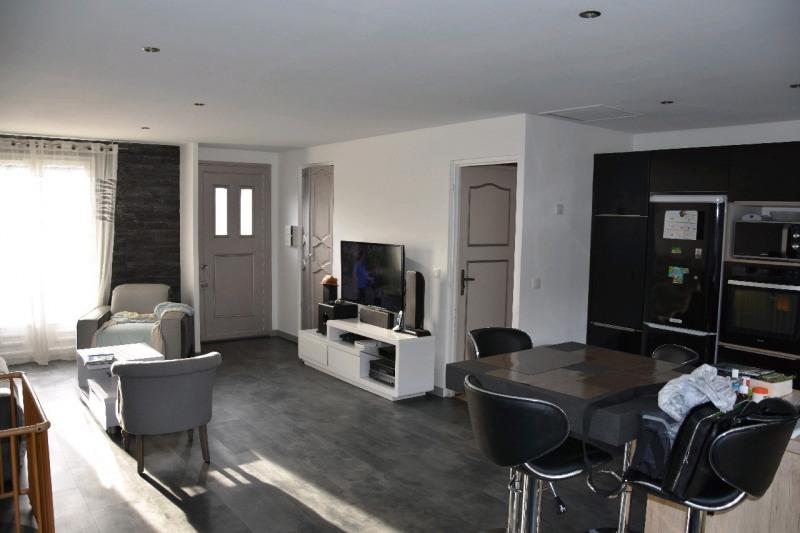 Sale house / villa Neuilly en thelle 265000€ - Picture 1