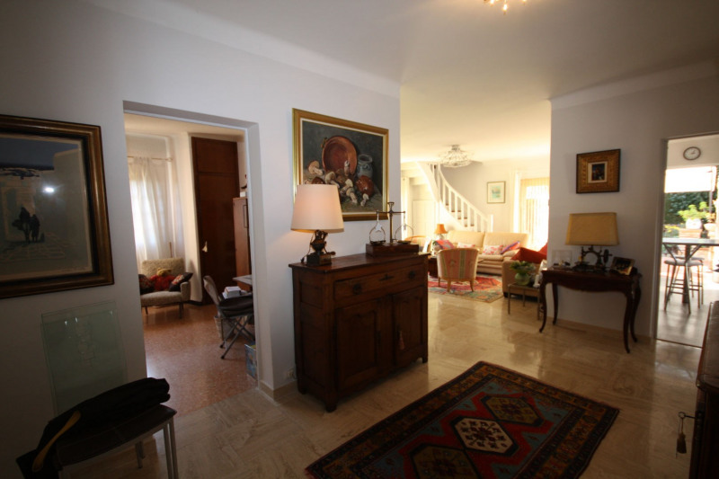 Deluxe sale house / villa Antibes 2 120 000€ - Picture 6