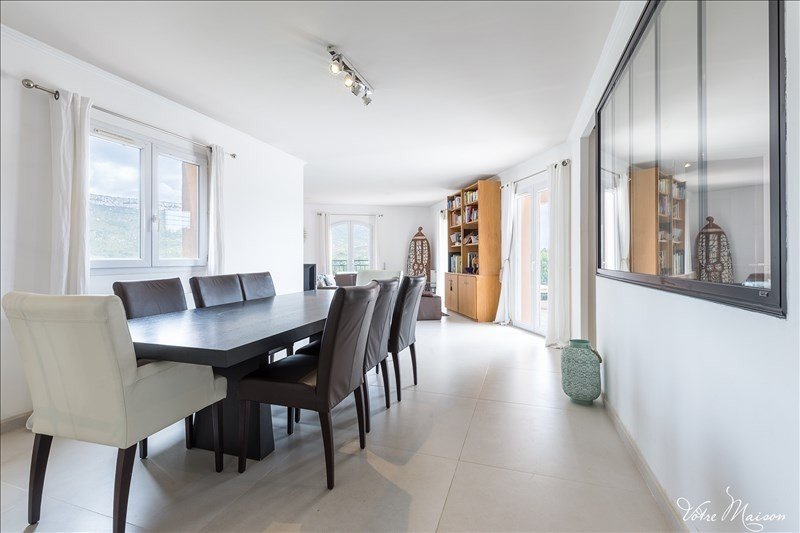 Deluxe sale house / villa Chateauneuf le rouge 790000€ - Picture 2