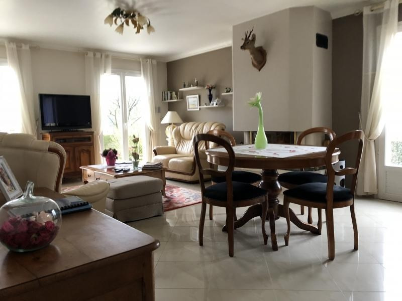 Sale house / villa Isneauville 286 500€ - Picture 7