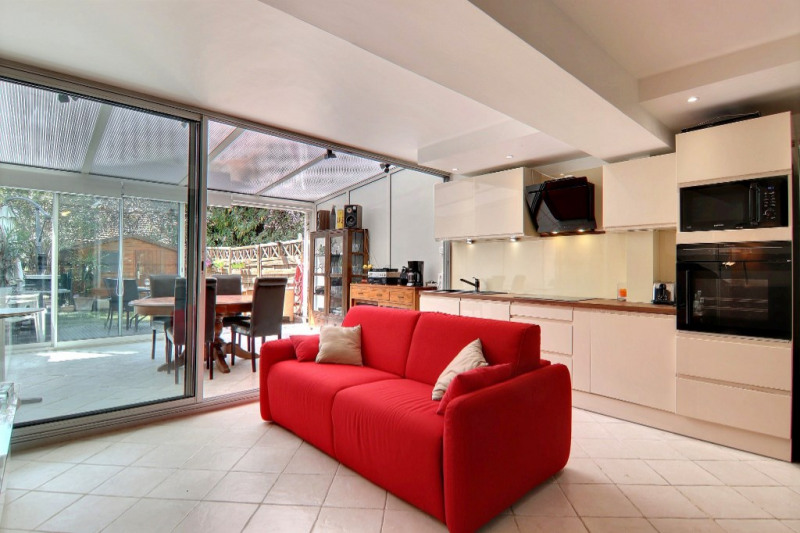 Sale apartment Vallauris 230000€ - Picture 1