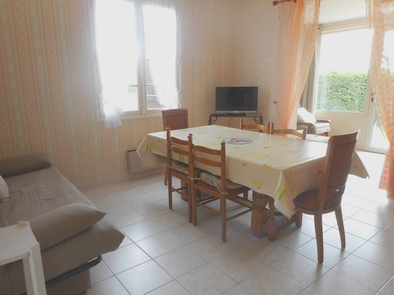 Vacation rental house / villa Saint-palais-sur-mer 380€ - Picture 3