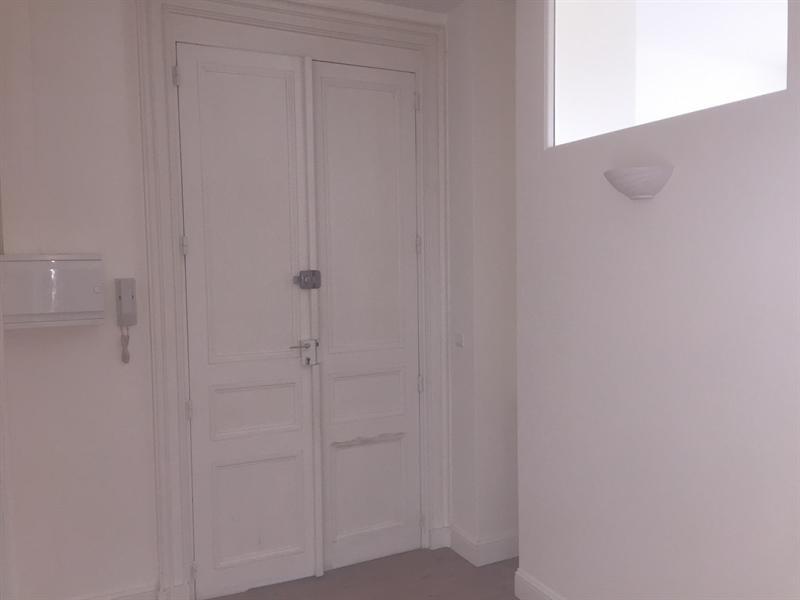 Location appartement Saintes 591€ CC - Photo 1