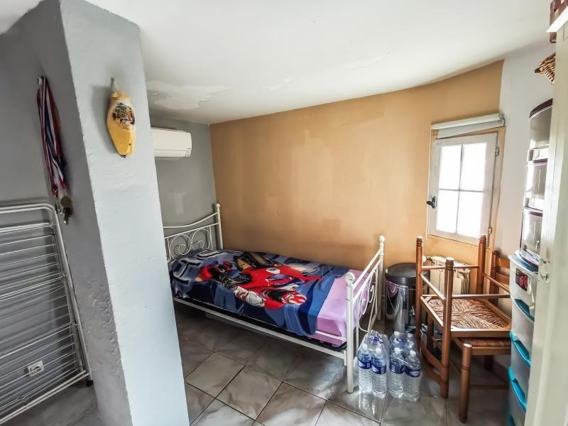 Sale house / villa St maximin la ste baume 343000€ - Picture 9