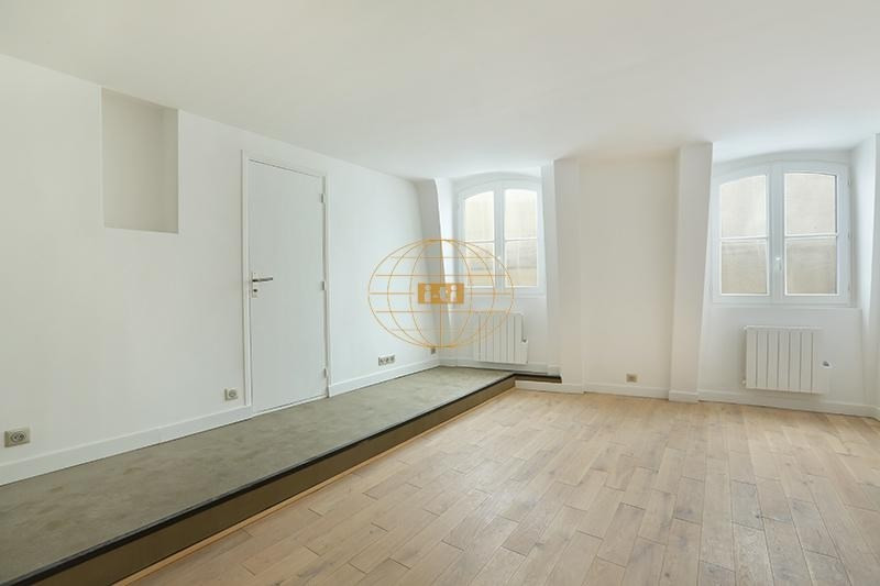 Deluxe sale apartment Paris 1er 495 000€ - Picture 2