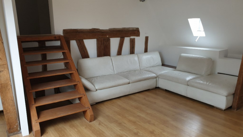 Rental apartment Montfort-l'amaury 870€ CC - Picture 1