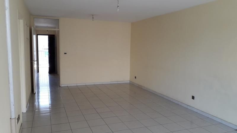 Location appartement St denis 680€ CC - Photo 2