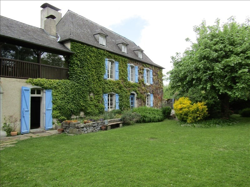 Sale house / villa Nay 322000€ - Picture 1