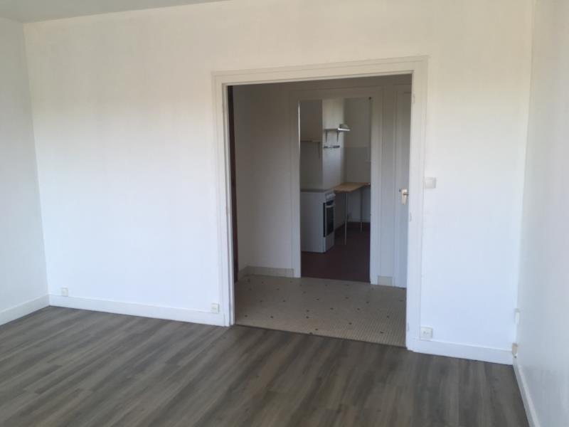 Location appartement Vendome 555€ CC - Photo 4
