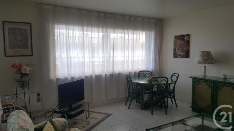 Verkoop  appartement Deauville 200000€ - Foto 5
