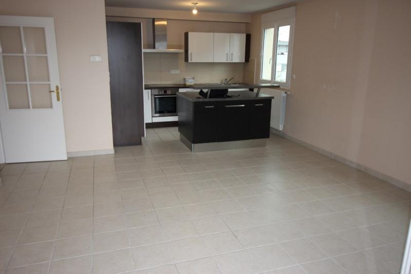 Sale apartment Ornex 340000€ - Picture 2
