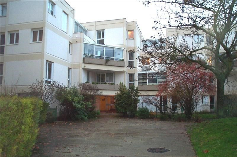 Sale apartment Chatou 195 000€ - Picture 1