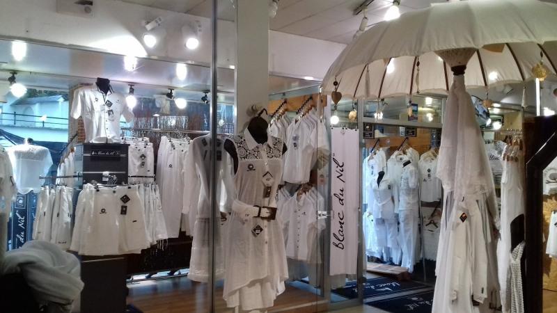 Cession de bail boutique Lourdes 127800€ - Photo 2