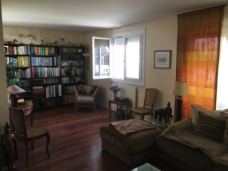 Sale apartment Bron 185000€ - Picture 2