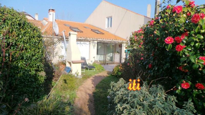 Sale house / villa Talmont st hilaire 283500€ - Picture 1