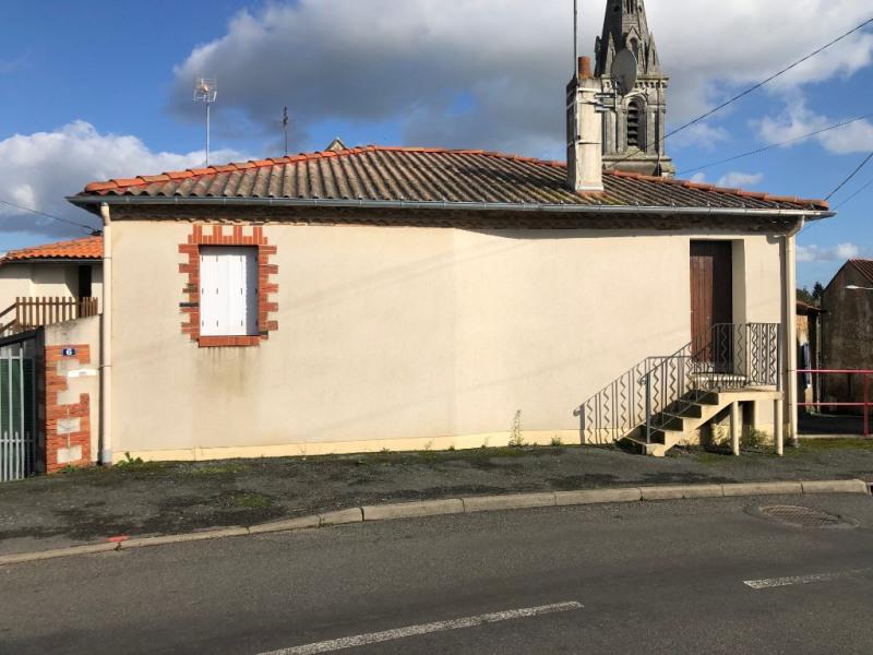 Sale house / villa La poiteviniere 44280€ - Picture 2