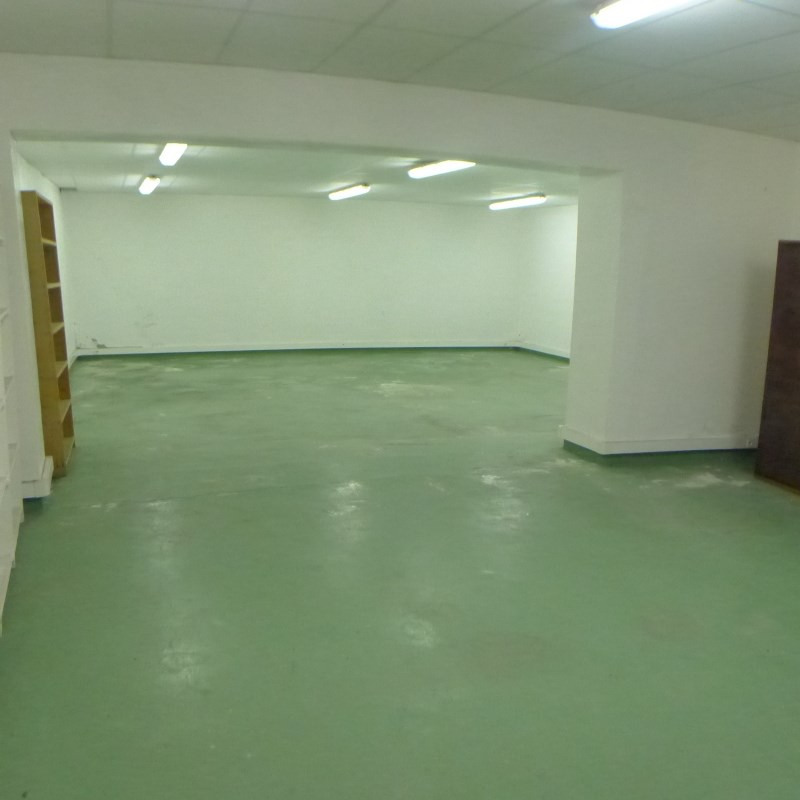 Rental empty room/storage Millery 358€ CC - Picture 1