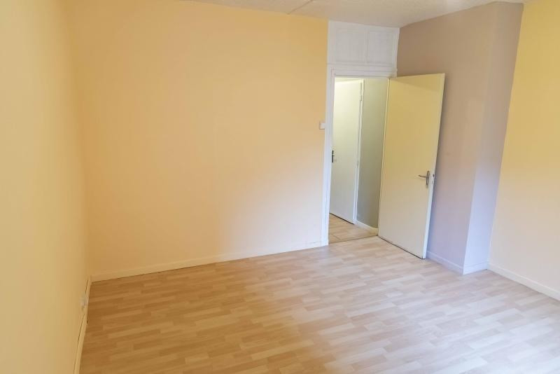 Rental apartment Nantua 305€ CC - Picture 7