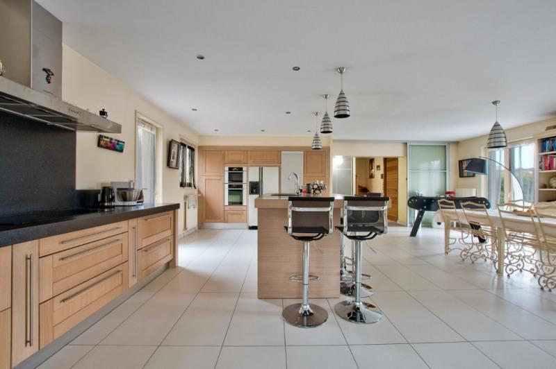 Vente de prestige maison / villa Pommiers 680000€ - Photo 2