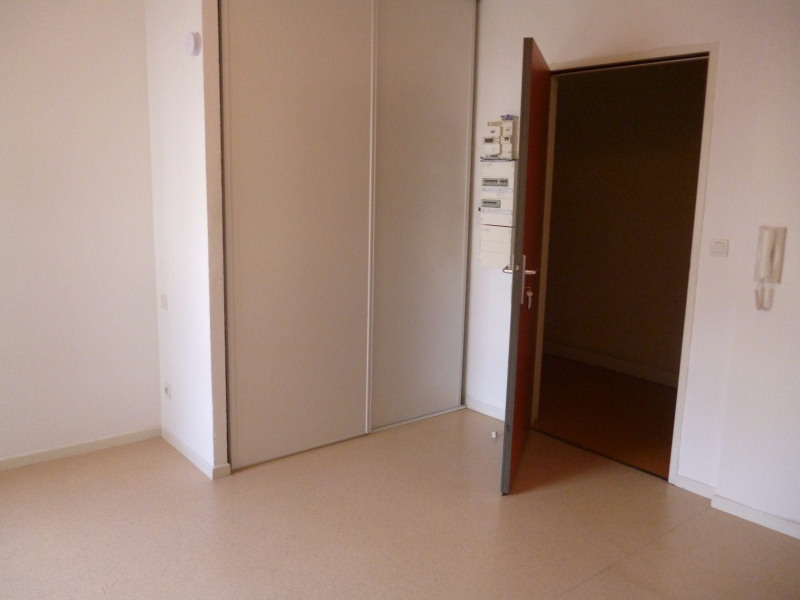 Rental apartment Tarbes 284€ CC - Picture 2