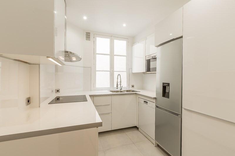 Alquiler  apartamento Paris 16ème 5500€ CC - Fotografía 9