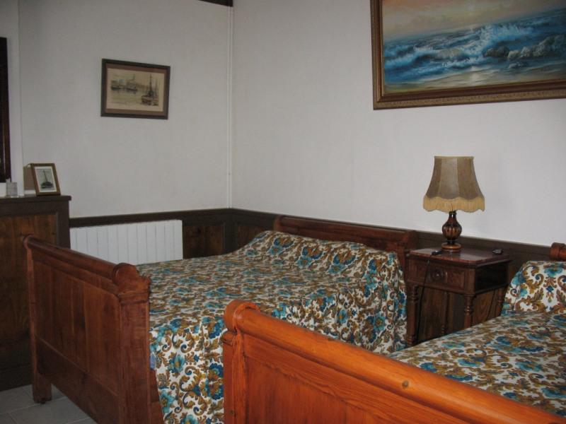 Sale house / villa Chaillevette 233000€ - Picture 9