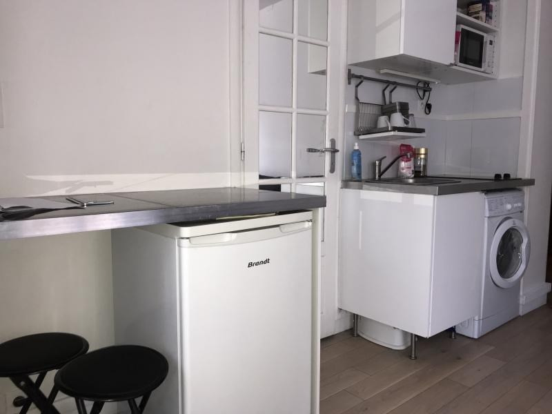 Rental apartment Paris 10ème 1 060€ CC - Picture 4