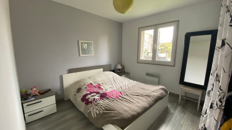 Sale house / villa Nay 213500€ - Picture 4