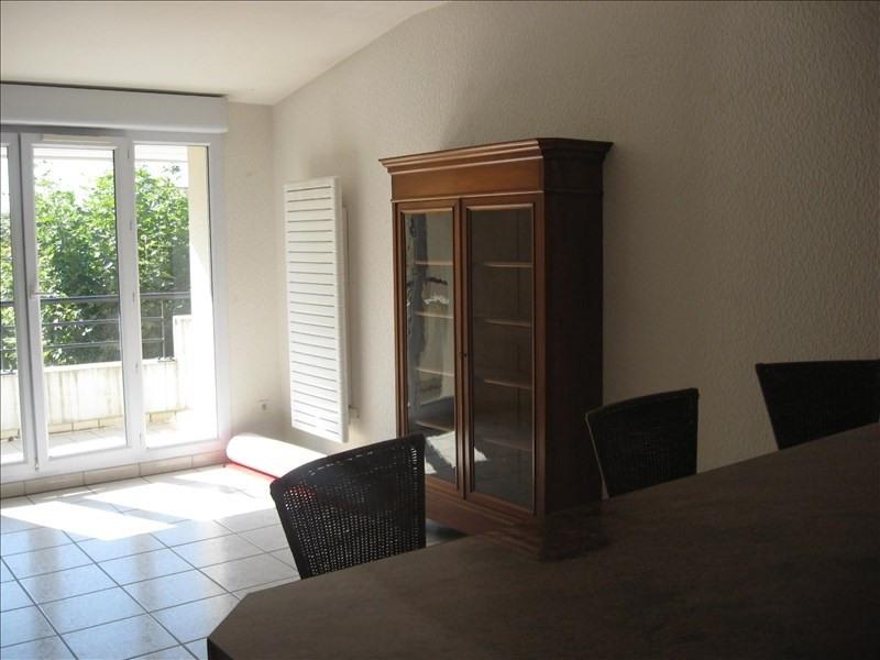 Location appartement Meximieux 781€ CC - Photo 3