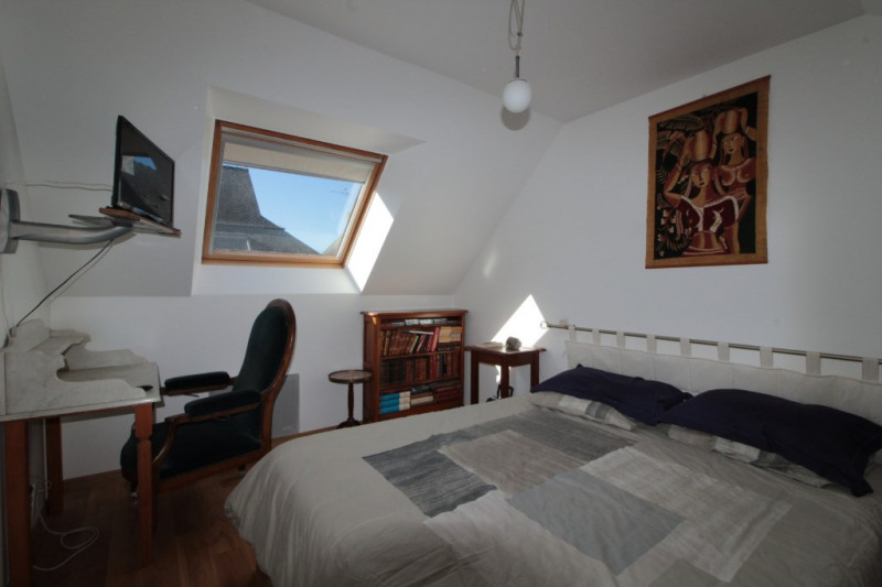 Location maison / villa Larmor plage 560€ CC - Photo 5