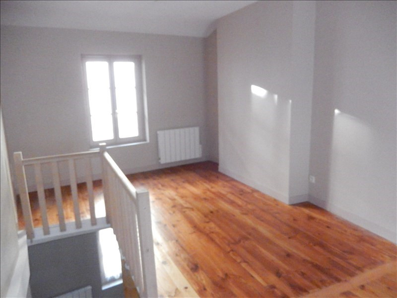 Rental apartment Le puy en velay 301€ CC - Picture 1
