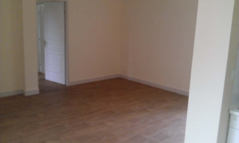 Location appartement Poitiers 549€ CC - Photo 5