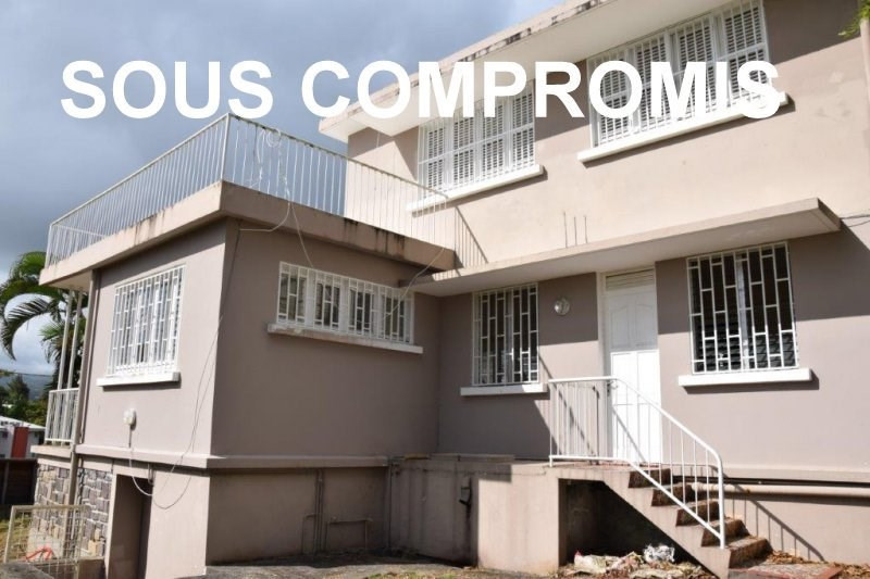 Sale house / villa Fort de france 320 250€ - Picture 1