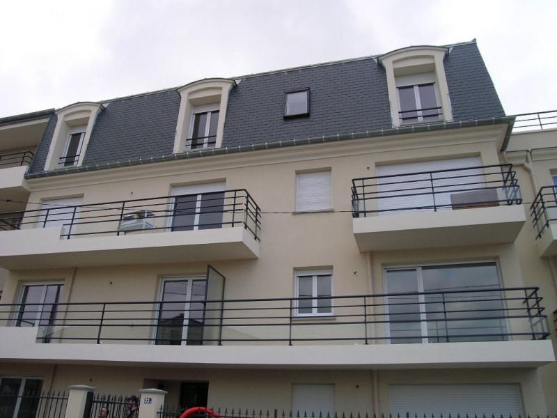 Sale apartment Noisy le grand 141000€ - Picture 1