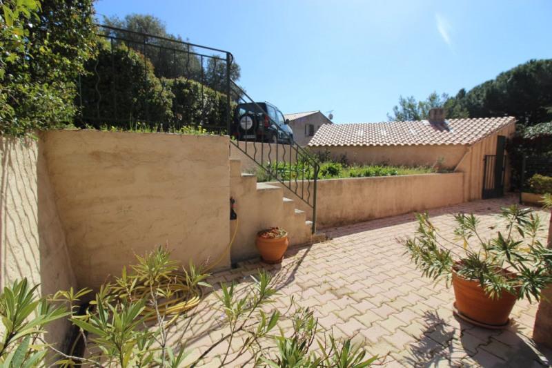 Vente maison / villa Hyeres 490000€ - Photo 2
