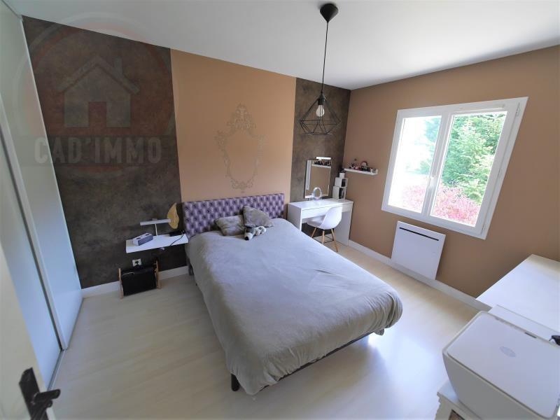 Vente maison / villa St jean d'eyraud 379000€ - Photo 5