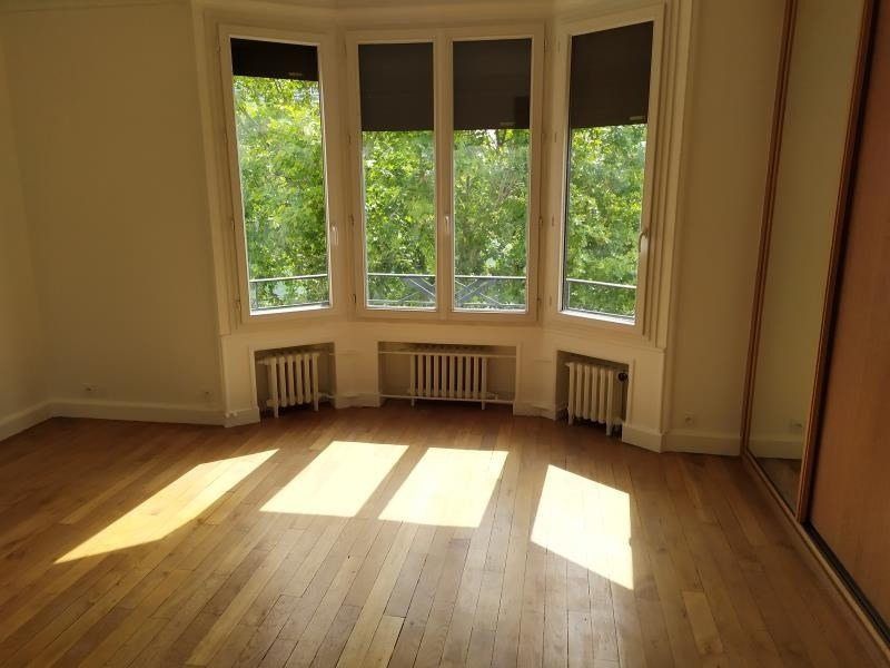Rental apartment Paris 16ème 5 300€ CC - Picture 3