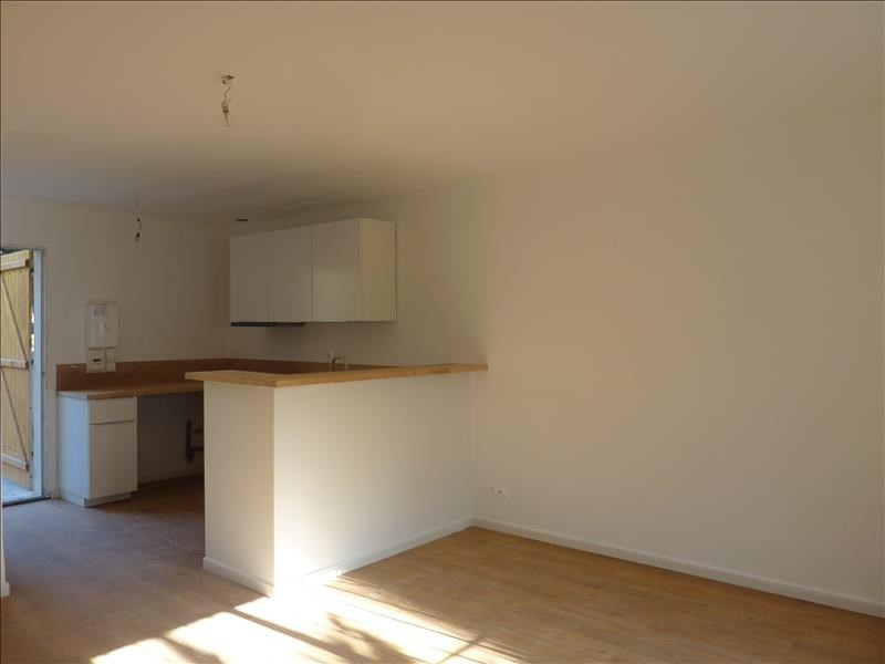 Location appartement Marseille 8ème 540€ CC - Photo 3