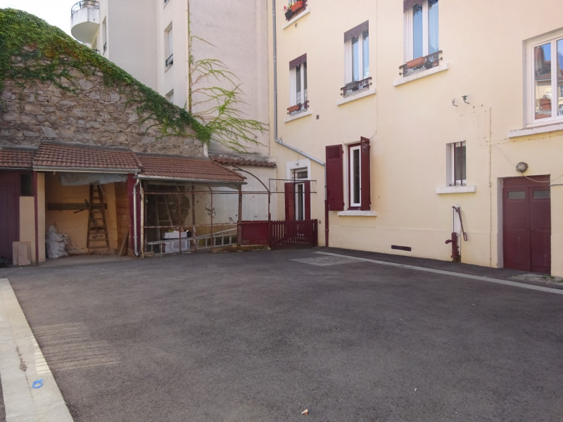 Location appartement Oullins 1 110€ CC - Photo 3